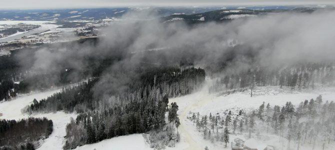 Snökanonerna går för fullt i Järvsöbacken
